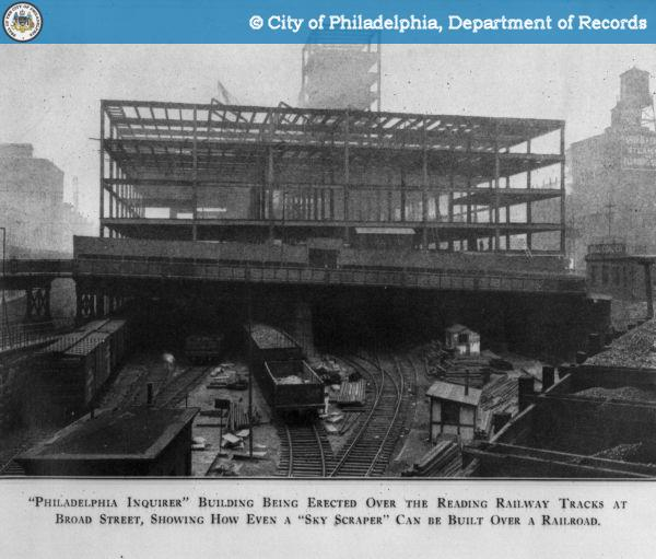 20160412095801 - Philadelpia Inquirer Building Being Built over Railroad Track